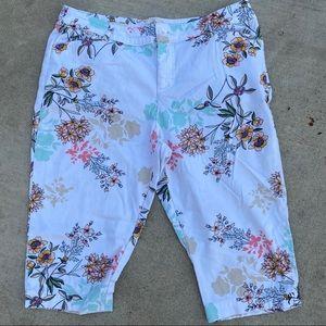 St John's Bay Capri Pant Size 14P